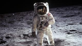 進む宇宙開発競争:その先で人類は何を気付くのか?
