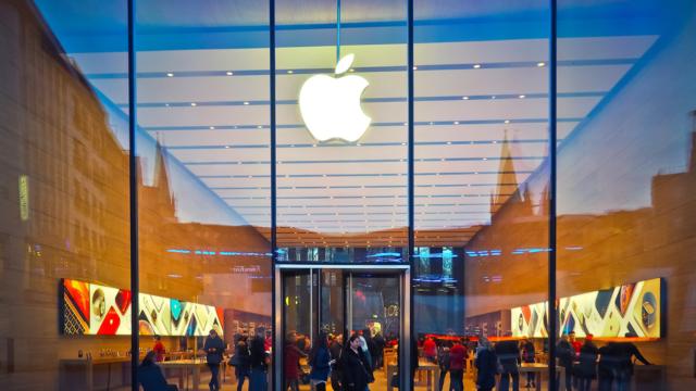 新型iPhoneの魔力!毎年買い替える必要はあるか?